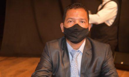 Francisco leva bagagem de conselhos e associações como vereador
