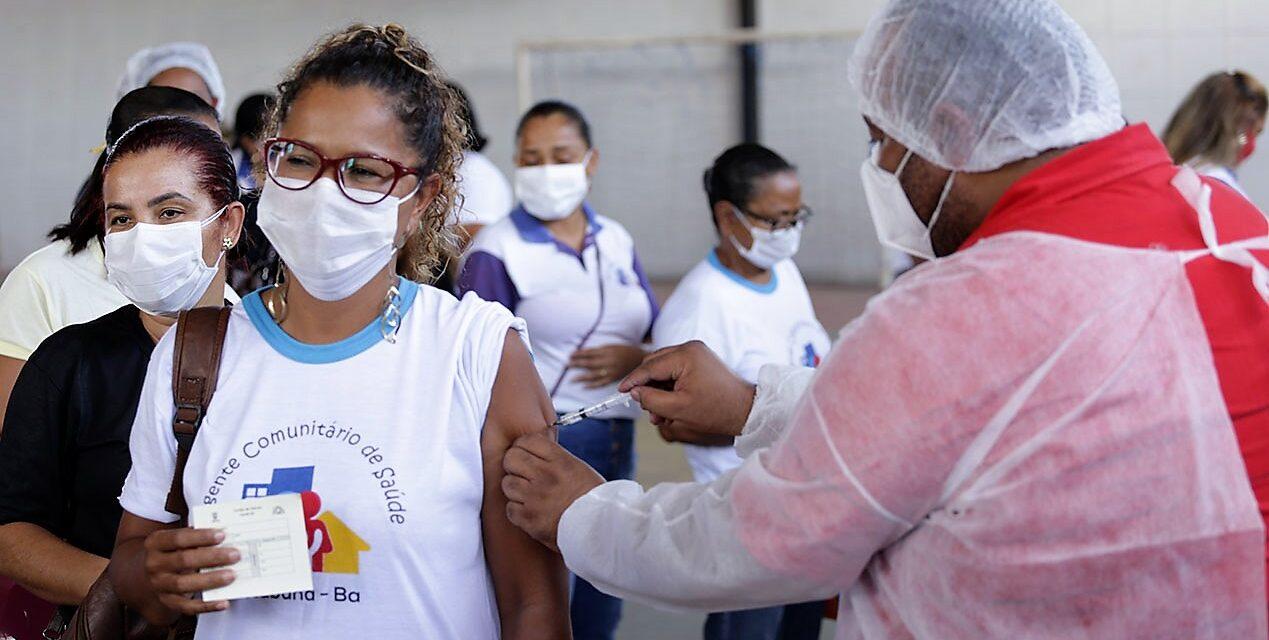 Itabuna segue vacinando contra Covid-19 e Influenza