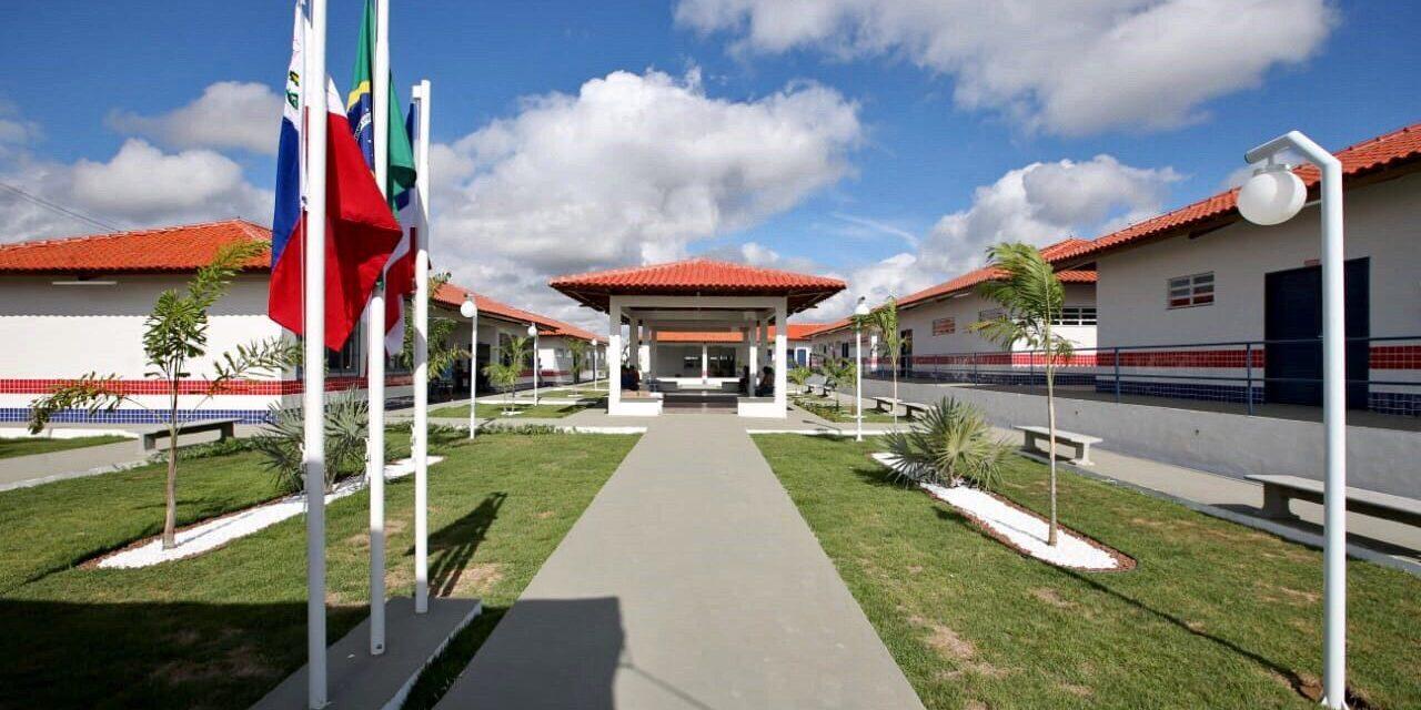 Estado publica aviso de licitação para modernizar escolas em Mascote, Itaju da Colônia e Itabuna