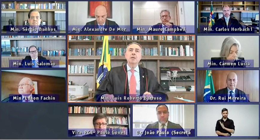"""""""Conhecerás a mentira e a mentira te aprisionará"""", diz presidente do TSE ao criticar ameaças de Bolsonaro à democracia brasileira"""